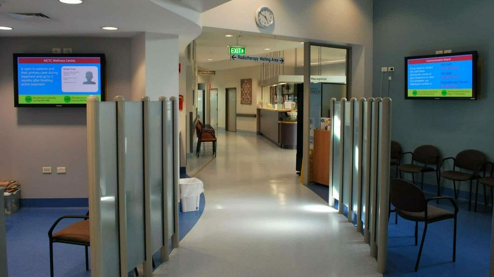 Advertise Me Digital Signage Cancer Therapy Centre Medical Boards 5 e1566347747943