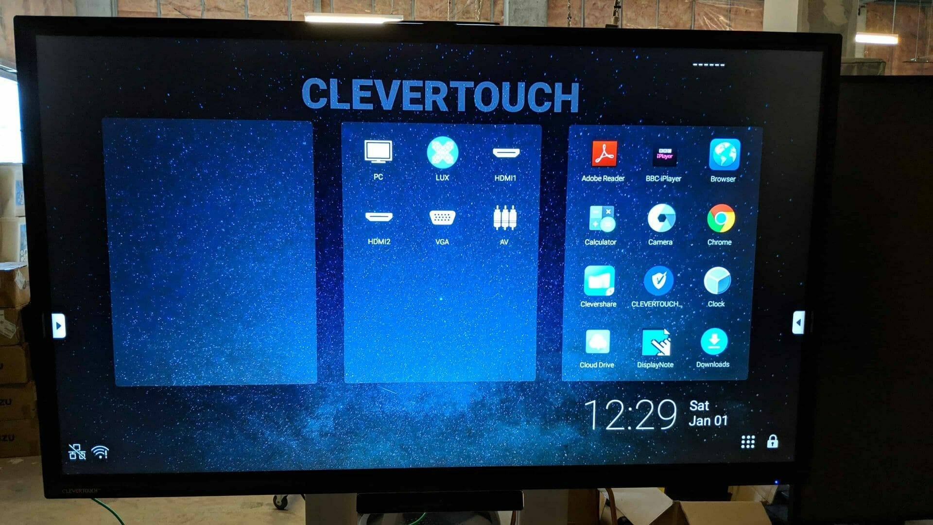 Advertise Me Digital Signage UNSW 85 E Cap Clevertouch e1566803356236