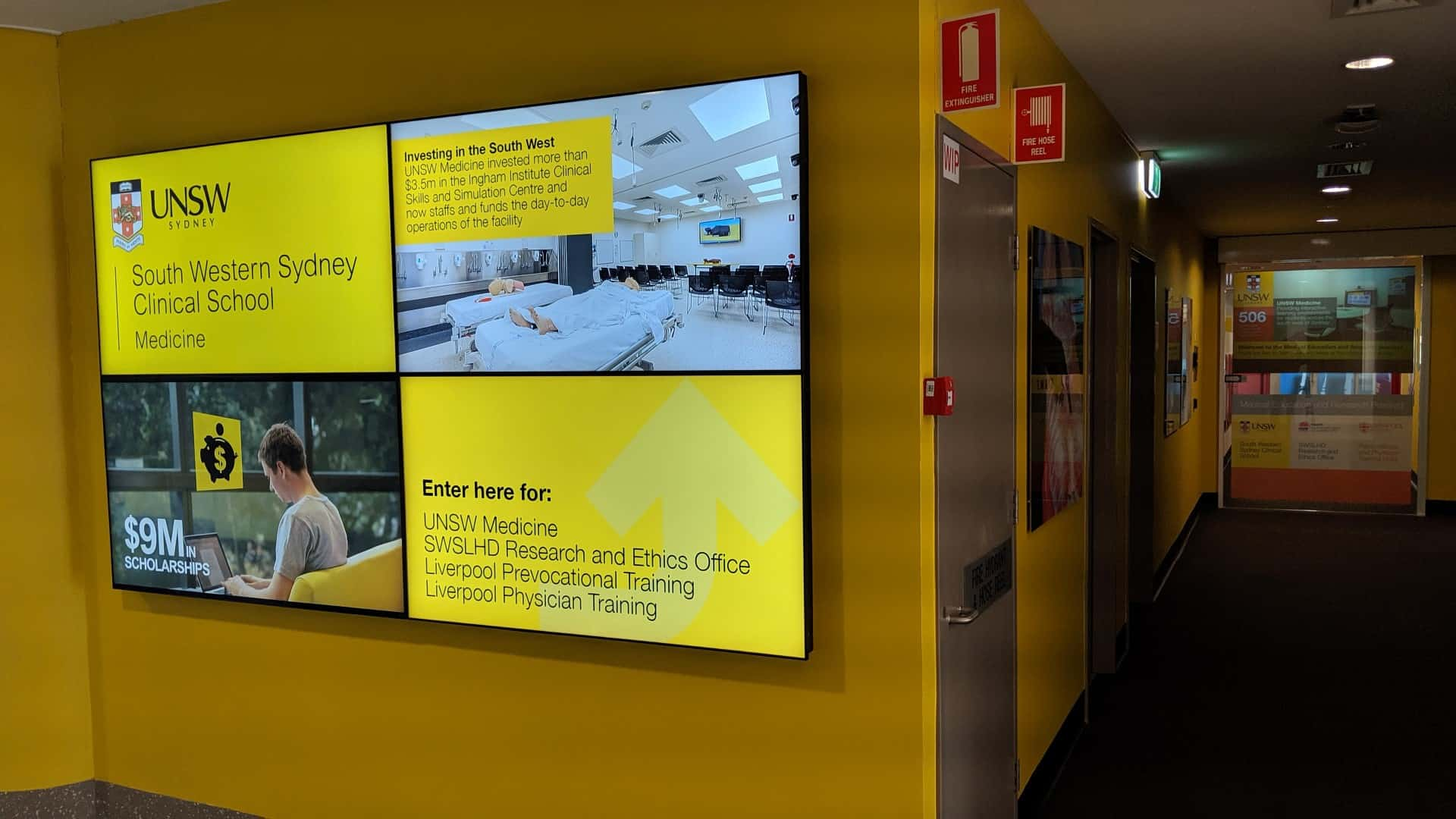 Digital Signage – UNSW Glass Projection