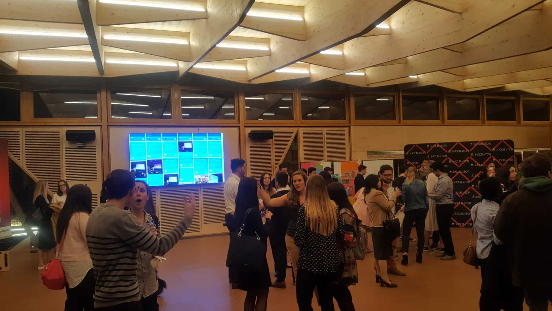Advertise Me Social Wall Macquarie University Event